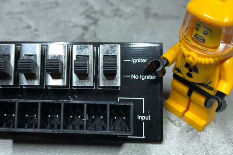 Quickplug series and parallel breakout board Cobra